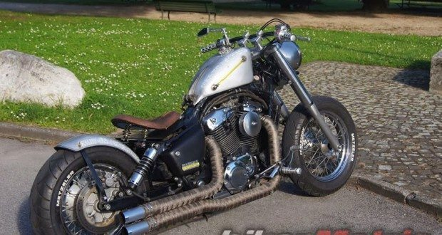 honda shadow vt1100 aero bobber - bikerMetric