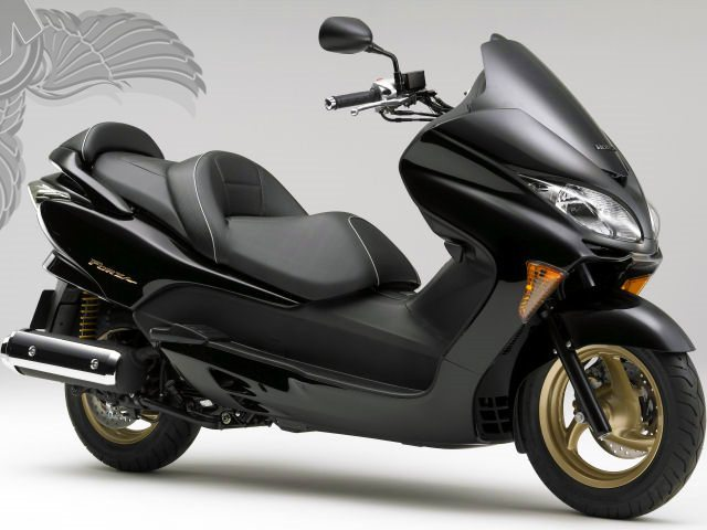 the gallery for honda scooter 250cc. Black Bedroom Furniture Sets. Home Design Ideas