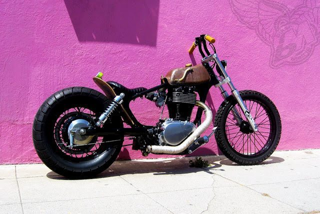 some dude in los angeles has a suzuki 650 single brat. Black Bedroom Furniture Sets. Home Design Ideas