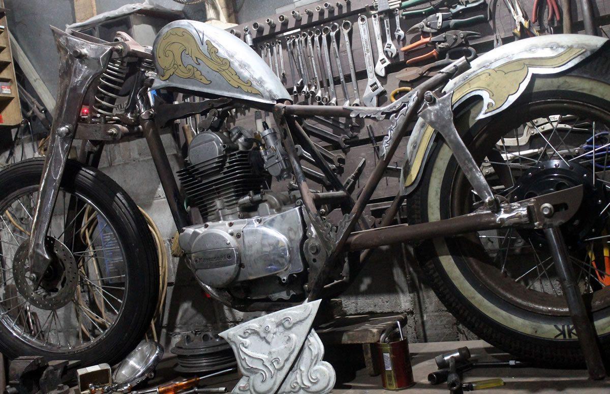 Kawasaki Tribute Bike